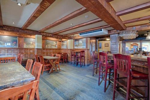 79 Albany St Cazenovia NY-large-014-27-Tavern a-1500x1000-72dpi