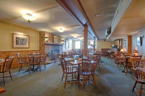 79 Albany St Cazenovia NY-large-016-26-Tavern Dining Room-1500x1000-72dpi